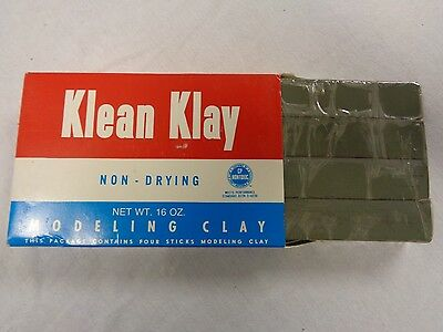 Gray Klean Klay Modeling Clay Four Sticks 16 oz School Package No 20 Non-Drying