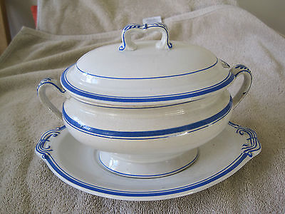 Royal Doulton / Doulton Tureen from 1881 Blue and White