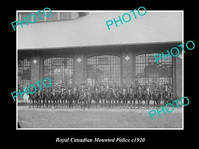 OLD LARGE HISTORIC PHOTO OF ROYAL CANADIAN MOUNTED POLICE GROUP PHOTO c1920