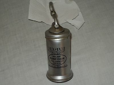 Vintage Oil Pump Oiler Eagle Can 58F 5 oz
