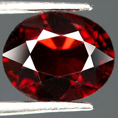 2.5Cts - Natural, Red Spessartite Garnet, Oval, VS, Namibia, 1Pcs, Unheated