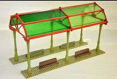 """Pride Lines IVES 18"""" FSD-18 Free Standing Glass Dome Model Train Shed"""