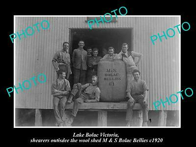 OLD HISTORIC PHOTO OF LAKE BOLAC VIC, THE WOOL SHEARING TEAM, BOLAC BELLIE c1920