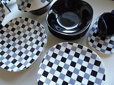 Extremely Rare 1950's Collection of J & G Meakin  'Checkmate'