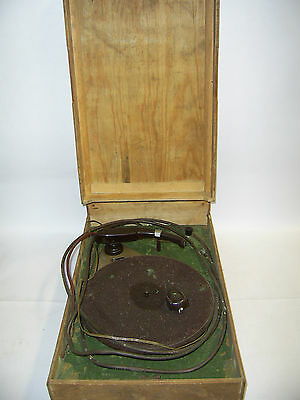 VINTAGE RECORD PLAYER   () Saint Francis Hospice