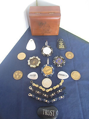 Recovery Medallion NA ,AA or Military Coin Chain Coin Holder Keychain