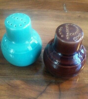 Vernon Kilns Early California Turquoise And Brown Salt Pepper Shaker