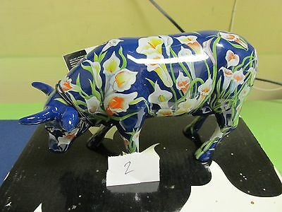 Cow of lilies collectable, NEW