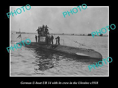 OLD LARGE HISTORIC PHOTO OF THE GERMAN U-BOAT & CREW UB14 IN THE UKRAINE c1918