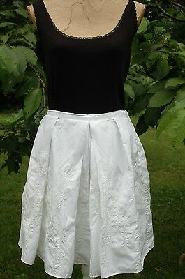 Club Monaco White Cotton Embroidered Full Pleated Skirt Womens Size 8