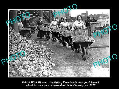 Old Large Historic Photo Of British Wwi Womens War Effort, Female Labourers 1917