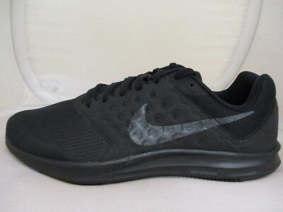 Nike Downshifter 7 Mens Trainers  UK 8 US 9 EUR 42 Ref 5501*