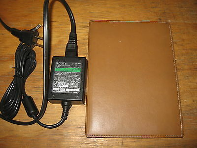 Sony Portable Reader System PRS-505 w/ Leather Cover, Great Condition!