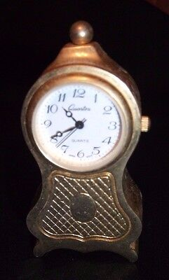 Stainless Steel Quarters Quartz Clock approx 2 to 3 inches