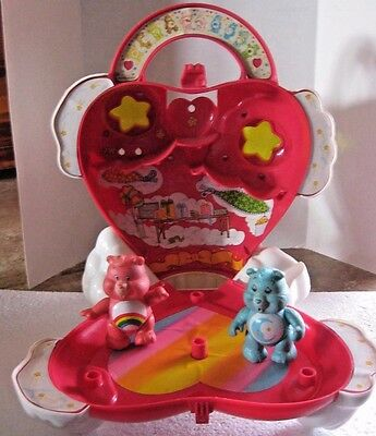 Vintage Care Bears Care-a-Lot Case Playset 1983 Kenner 2 Figures 1980's