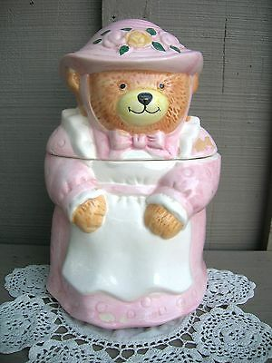 Old Vintage Ceramic Momma Bear Cookie Jar Kitchen Tool Decor ~ Cute!
