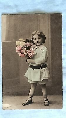 Postcard - Vintage Edwardian pretty girl with bunch of flowers, colourised