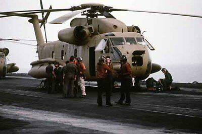 photo Navy RH-53D HM-16 Nimitz Op. Evening Light Iran Hostage rescue 24Apr80 (2)