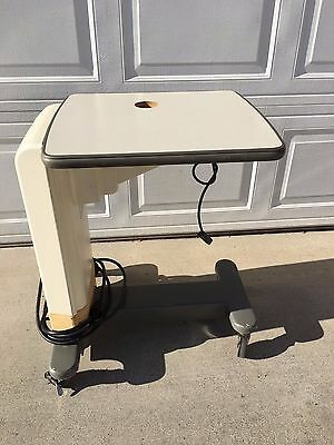 Topcon Ait-20 Slitlamp Table with Motorized Height Adjustment