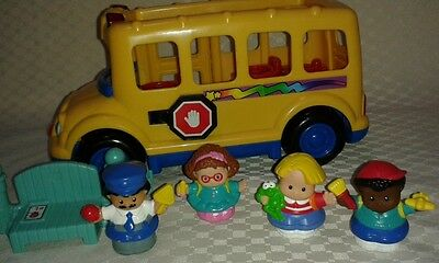 Fisher Price Little People School bus set, driver and 3 student children