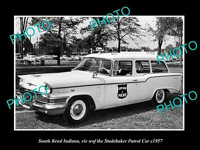 OLD LARGE HISTORIC PHOTO OF SOUTH BEND INDIANA, THE STUDEBAKER POLICE CAR c1957