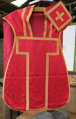 Ecclesiastical Church Chapel Silk Red and Gold Chasuble and Burse Vestment Set