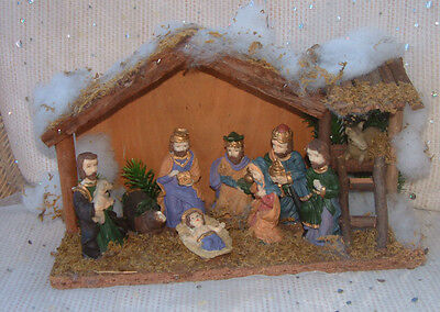 Vintage rustic NATIVITY SET crib scene - figures in stable - animal head missing
