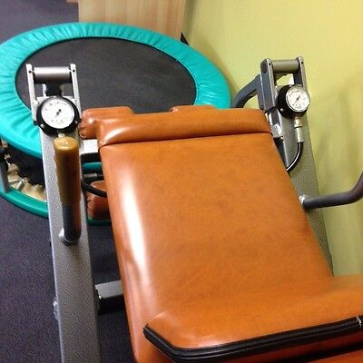 Leg Strengthening hydraulic fitness machine