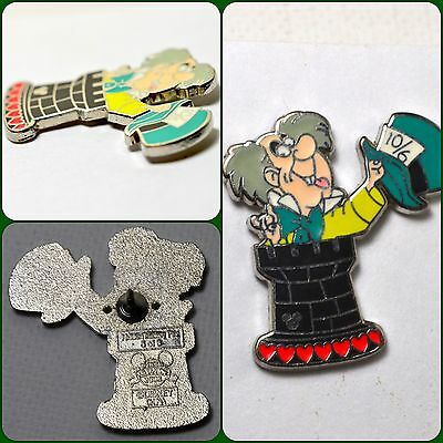 Disney Alice In Wonderland Chess Collection Pin 59818 Mad Hatter 2008 HMS