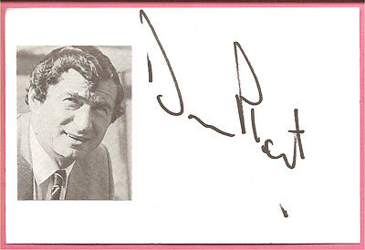 David Pleat, Luton Town football manager signed 6x4 inch white card + picture.
