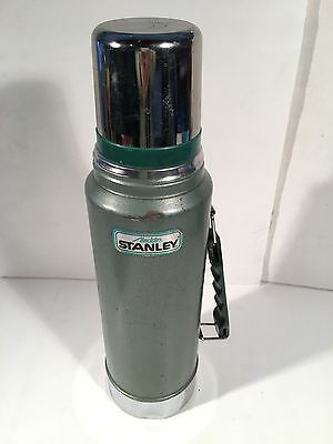 Vintage Alladin Stanley Thermos - Green Hammered - 1 Quart Size Model A-944Dh