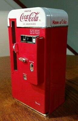 """Coca-Cola Diecast Musical Mechanical Vending Machine Bank """"it's The Real Thing"""""""