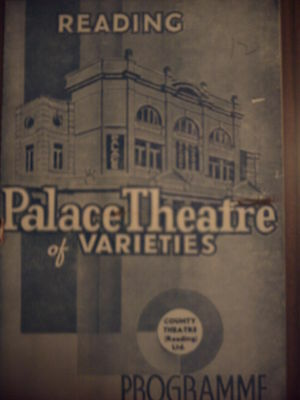 Reading Palace 1940 'go To It' Jack & Louis Barber Programme.