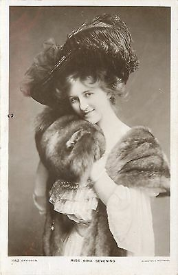 Theatre Ladies~Miss Nina Sevening~Feather Hat~Stage Actress~Comedienne~London