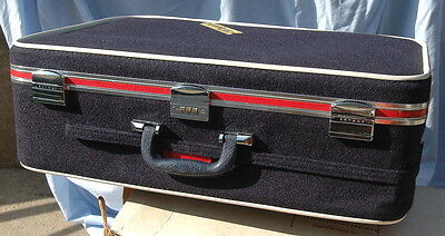 Vintage Luggage Red White & Navy Blue 70s Skyway Large Suitcase #426 & Box NICE