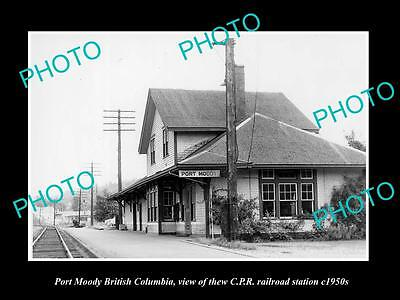 OLD LARGE HISTORIC PHOTO OF PORT MOODY BC CANADA, THE CPR RAILWAY STATION c1950