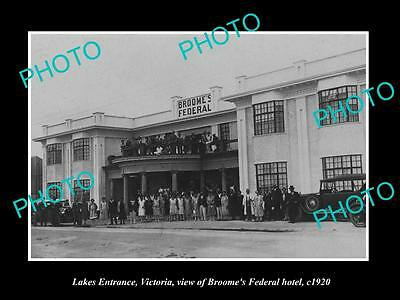 OLD LARGE HISTORIC PHOTO OF LAKES ENTRANCE VIC, THE BROOME FEDERAL HOTEL c1920