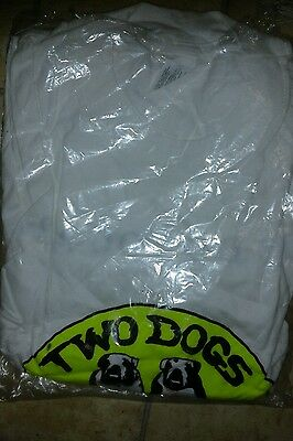 two dogs alcohol free brewery t -shirt size XL (new )