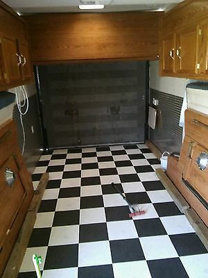 1999  fifth wheel toy  hauler excellent condition