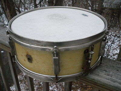 1960 to 1963 Ludwig Snare Drum Keystone badge no serial number