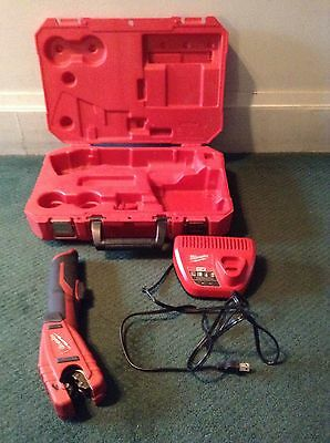 Milwaukee Copper Tubing Cutter 2471-20 Lithium Ion Charger Works No Battery