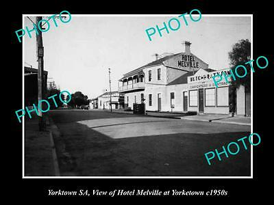 OLD HISTORIC PHOTO OF YORKTOWN SOUTH AUSTRALIA, THE MELVILLE HOTEL c1950s