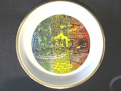 1995 Court of the Two Sisters NEW ORLEANS Restaurant Sounvenir ASHTRAY PLATE