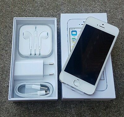 Apple Iphone 5s - Silver - 16GB (Brand New Boxed) UNLOCKED