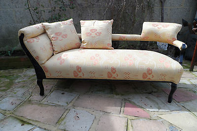 Beautiful Victorian Chaise Tradionially Refubished