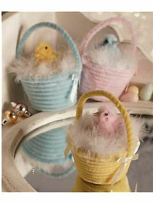 """NWT Bethany Lowe Designs set of 3 """"Chenille Basket"""" with fluffy feather chick"""