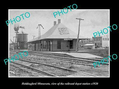 OLD LARGE HISTORIC PHOTO OF HOLDINGFORD MINNESOTA, RAILROAD DEPOT STATION c1920