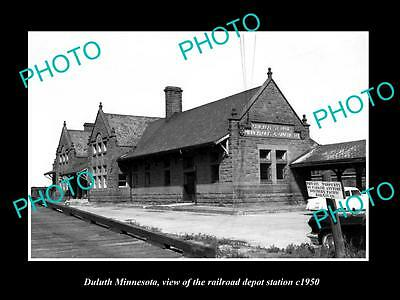 OLD LARGE HISTORIC PHOTO OF DULUTH MINNESOTA, THE RAILROAD DEPOT STATION c1950