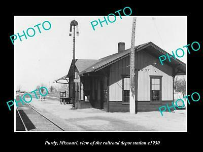 OLD LARGE HISTORIC PHOTO OF PURDY MISSOURI, THE RAILROAD DEPOT STATION c1930