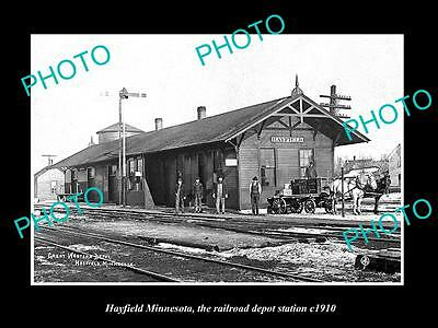 OLD LARGE HISTORIC PHOTO OF HAYFIELD MINNESOTA, THE RAILROAD DEPOT STATION c1910